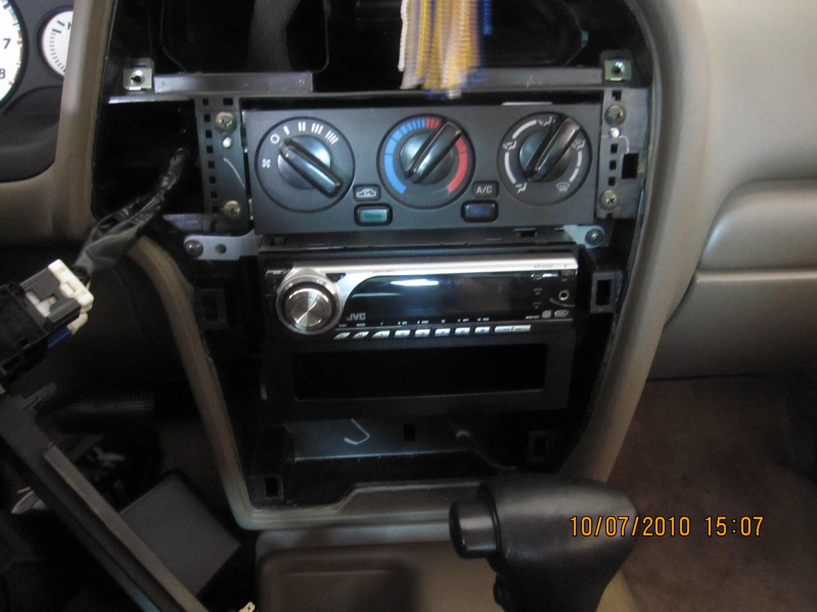 Nissan Pathfinder radio removal