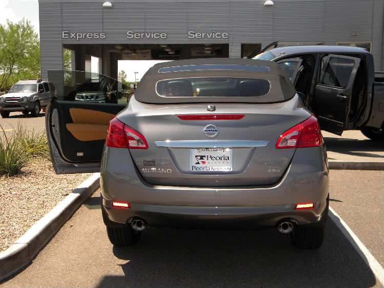 Nissan Murano Cabriolet Trunk View