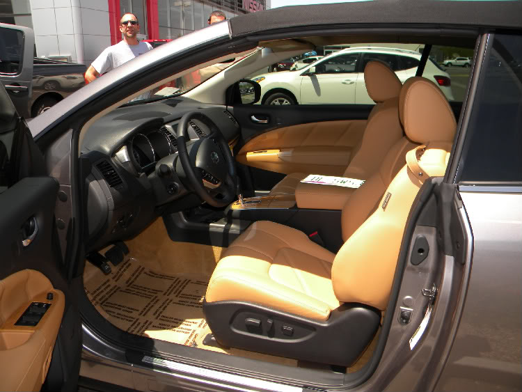 2011 Nissan Murano CrossCabriolet Interior