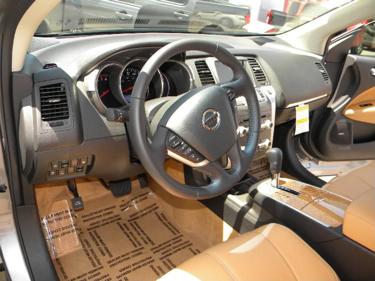 Nissan Murano Cross Cabriolet Interior