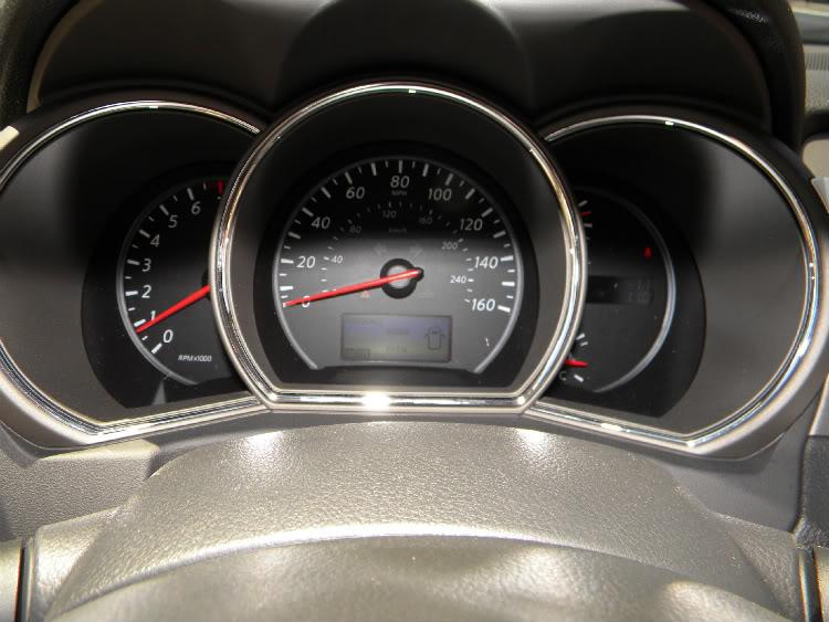 2011 Nissan Murano CrossCabriolet Gauge Cluster
